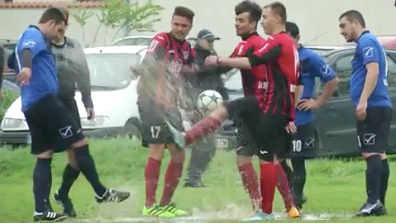 Bulgarian Fourth Division Game Descends Into Water Fight