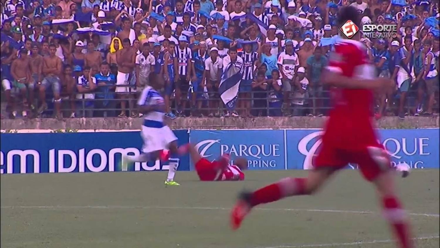 Brazilian player trips like a real-life FIFA glitch
