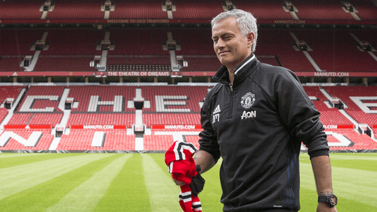 The Best & Funniest Quotes From Jose Mourinho's first Man United Press Conference