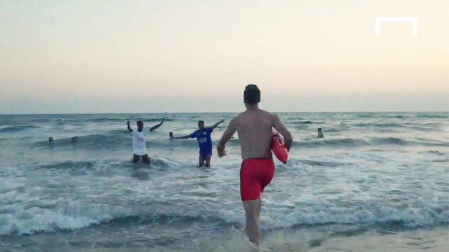 Christian Fuchs Re-Enacts Baywatch to Launch Leicester City Third Kit