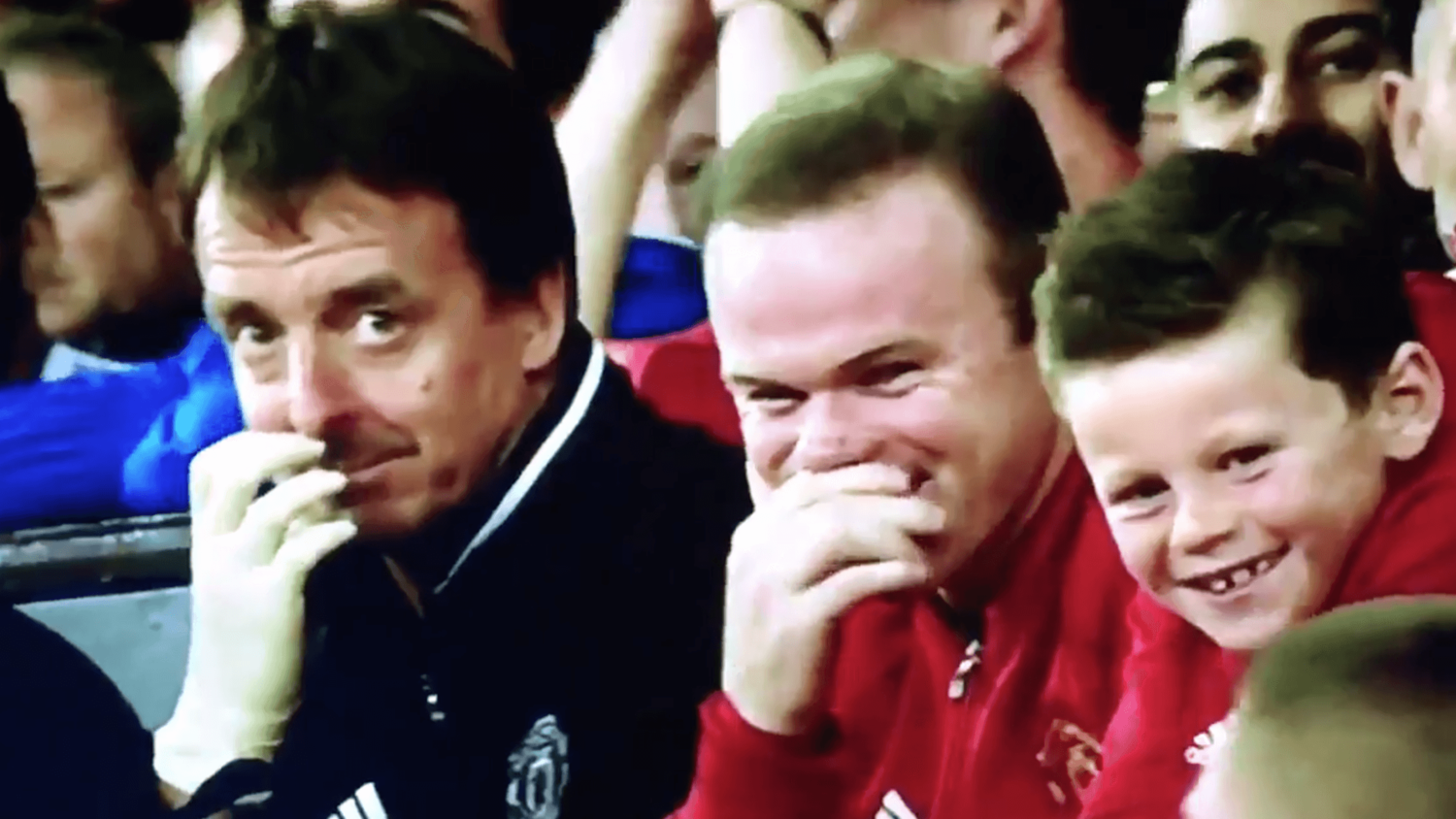 Wayne Rooney's Priceless Reaction To Memphis's Shocking Overhead Kick