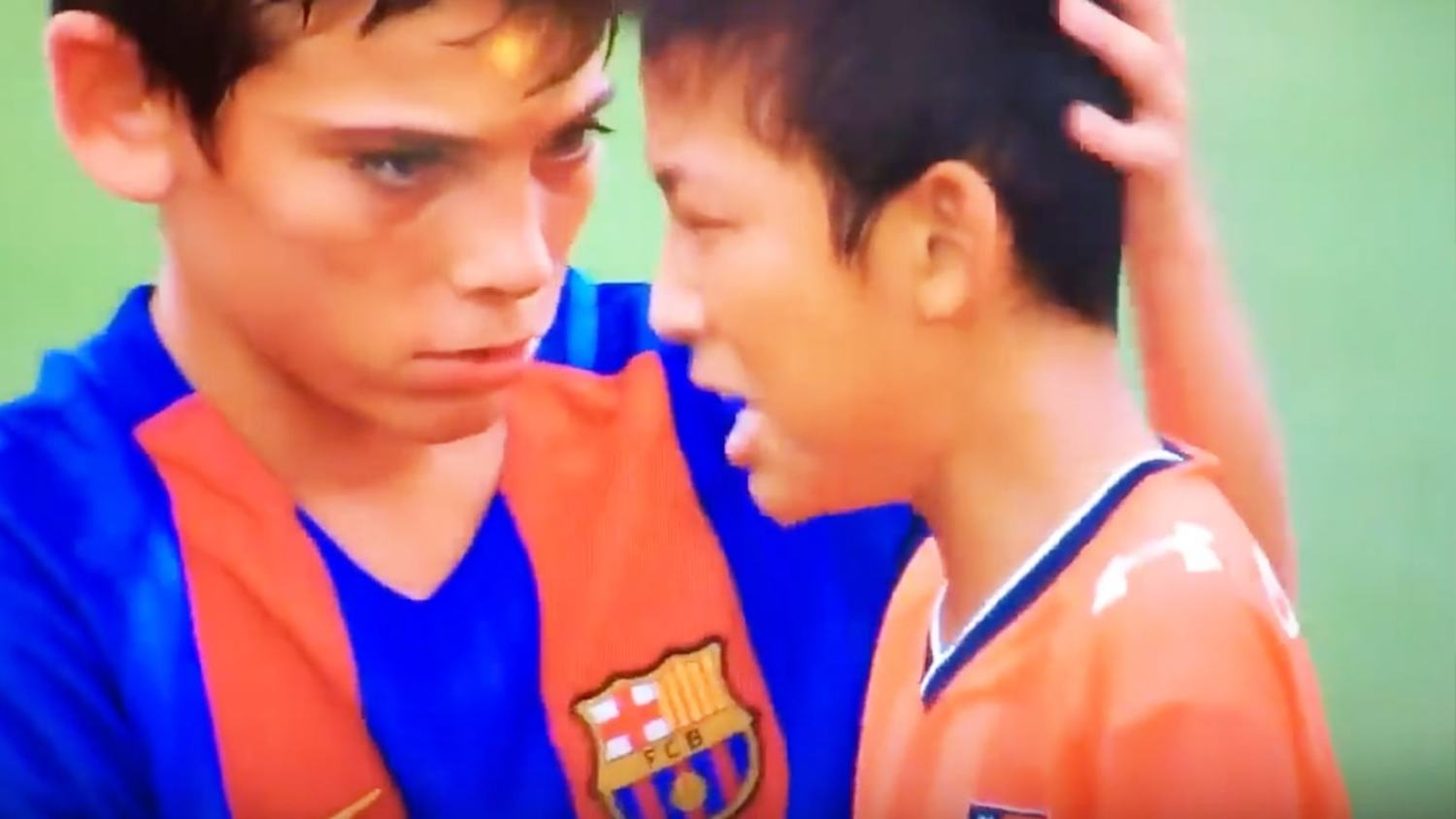 Barcelona Youngsters Amazing Sportsmanship After Beating Opposition