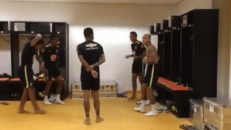 Neymar, Marcelo & Dani Alves take on the running man challenge
