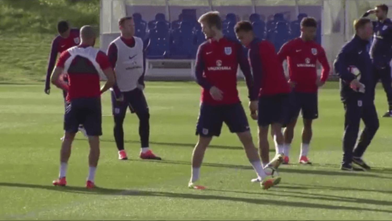 Dele Alli cheeky nutmeg on Eric Dier in England training
