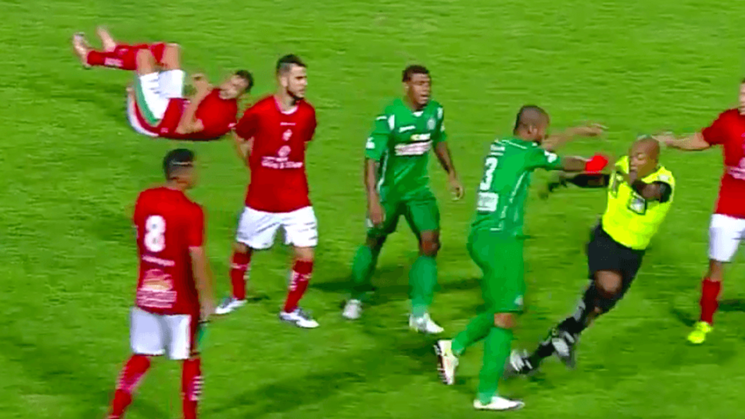 Brazilian player goes mental, pushes referee and teammate after red card