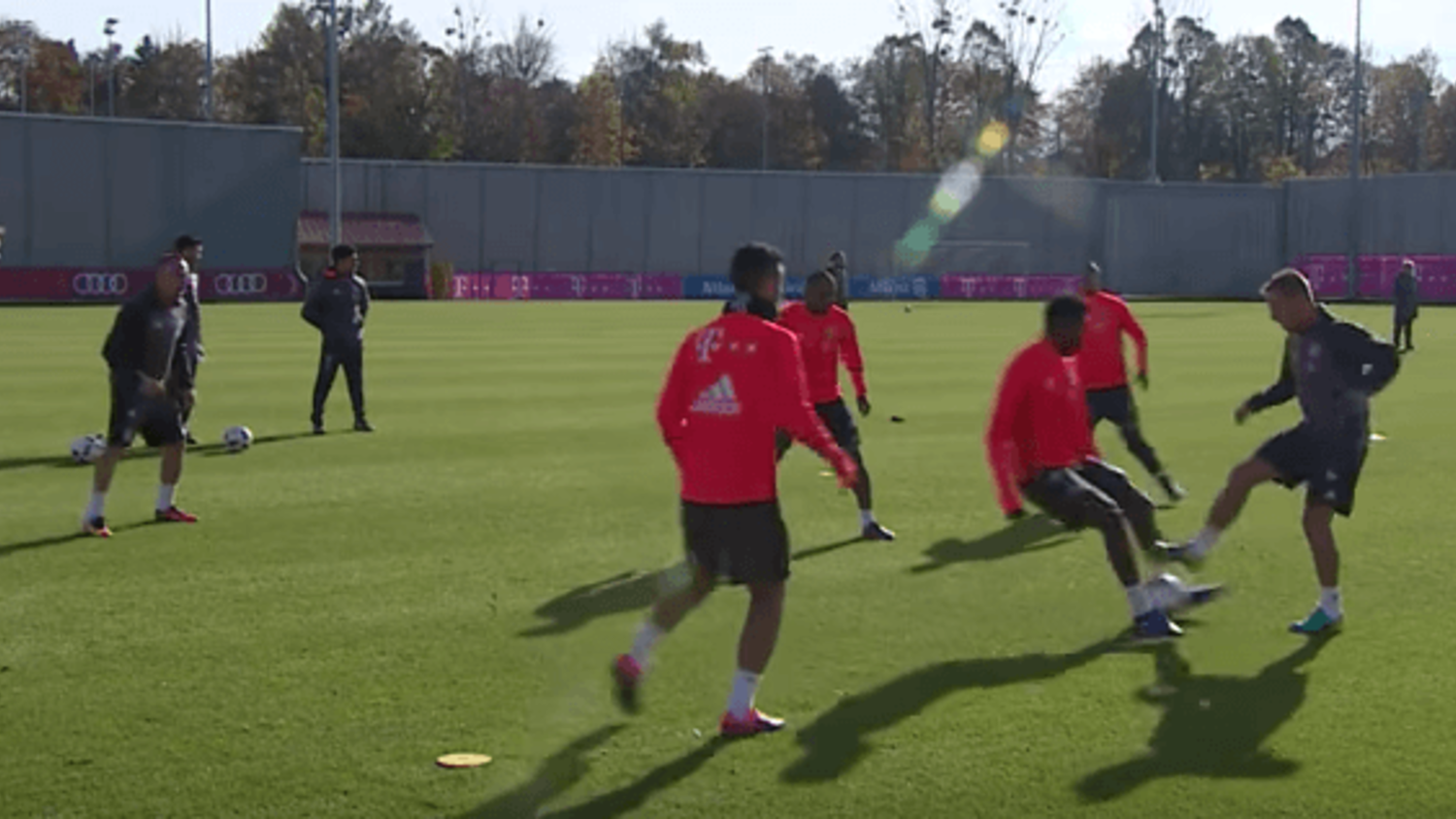 David Alaba humiliated by Rafinha nutmeg in Bayern Munich training