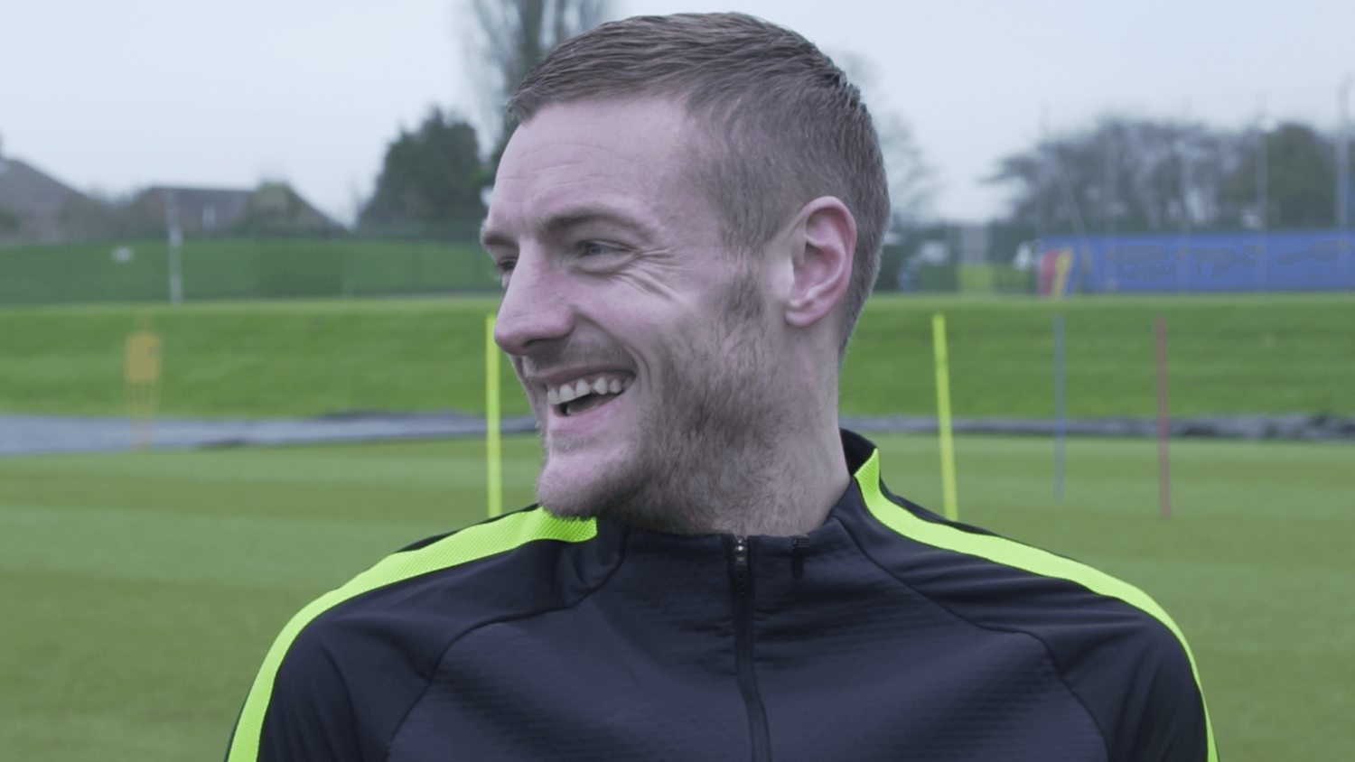 Jamie Vardy Takes On The 5 Shot Challenge!